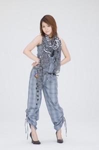 Megu-Kanna2011-06-12