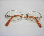 オレンジ眼鏡