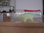 水を飲んで6倍になった恐竜