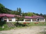 王余魚沢小学校