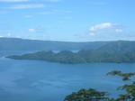 夜明け前より瑠璃色な十和田湖(何