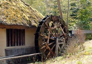 播磨屋の水車