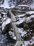 滝の遊歩道