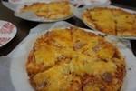 みんなで作ったピザ