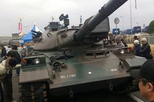 本物の戦車が登場!
