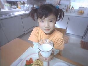別のミルクを飲ませてあげたい