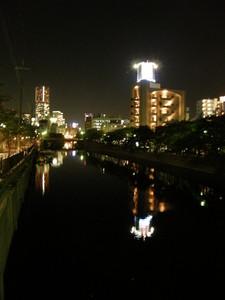 大岡川より